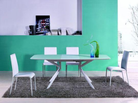 Солидный обеденный стол-трансформер В 2381